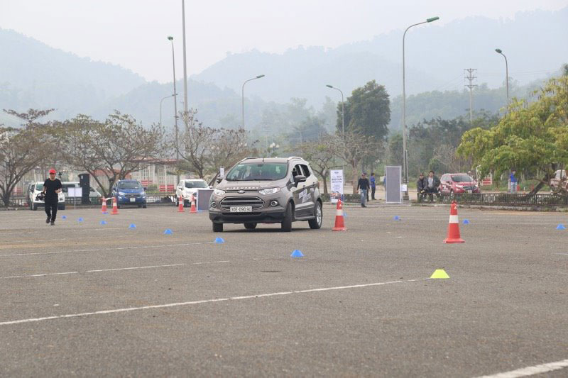 ford ecosport lap ky luc 2
