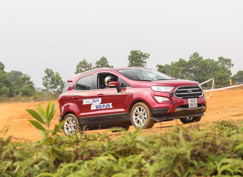 ford ecosport lap ky luc