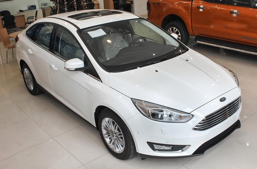 ngoai that Ford Focus Titanium 2019