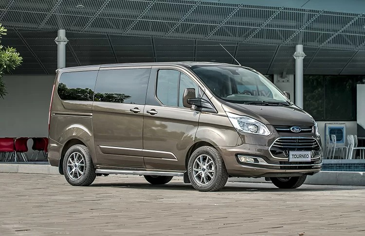 Ford Tourneo Titanium Brown JP 9
