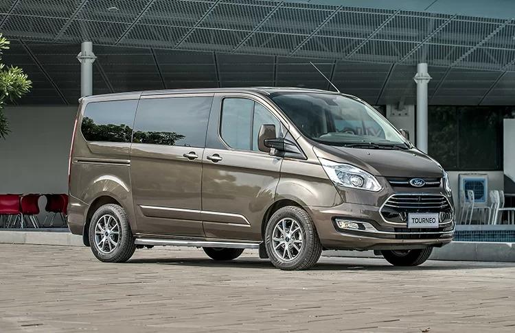 Ford Tourneo Titanium Brown 2019